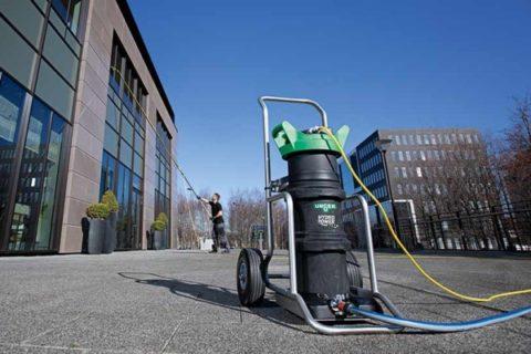 Industriele reiniging van bedrijfspanelen